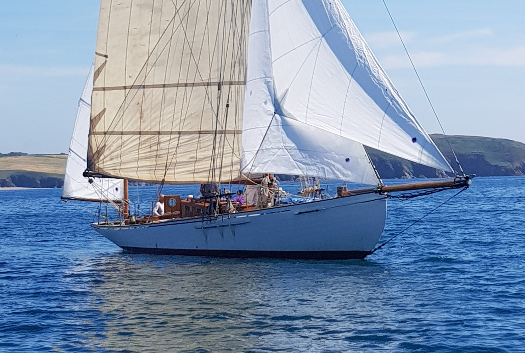 45ft  CLASSIC, FULLY RESTORED SUMMERS & PAYNE GENTLEMAN'S GAFF YAWL - Lying  West Country